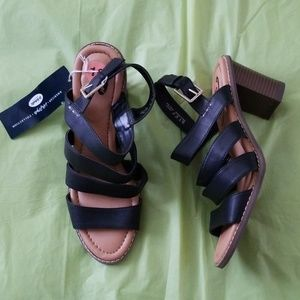 DR. SCHOLL'S black parkway heeled sandals